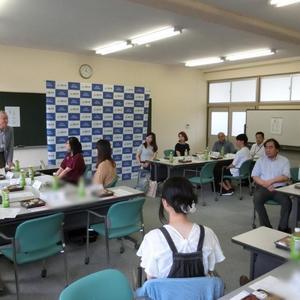 学友会執行部会役員学生と本学教職員との懇談会開催
