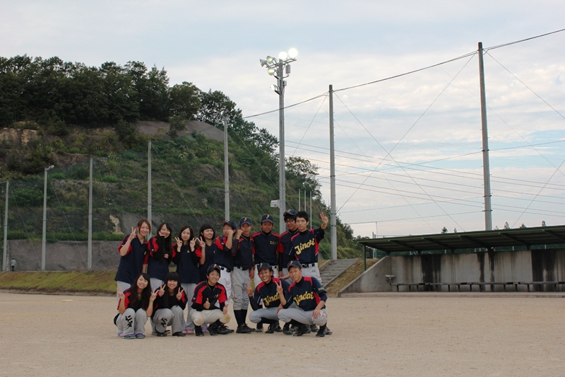 http://www.jindai.ac.jp/blog/uploads/jimu/20140930ground044.JPG