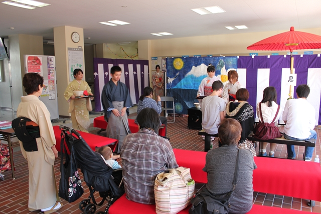 http://www.jindai.ac.jp/blog/uploads/jimu/20141026setousai082.JPG
