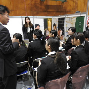 【2日間開催!】「学内合同企業説明会」を実施しました。