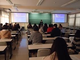 心理学科の卒業論文発表会が行われました
