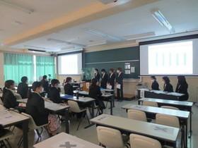 健康栄養学科の卒業研究発表会が行われました。