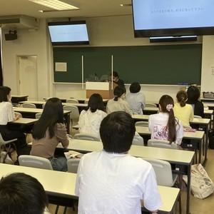 福井県出身のYouTuberかずえちゃんによるゲスト講義を開催しました