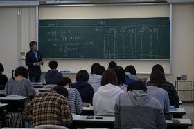 心理学科特別講習会「心理統計のためのウォーミングアップ」開催