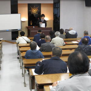 公開講座「なぜ今 宗教が必要なのか」を開催しました