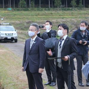 杉本福井県知事とICT獣害対策について意見交換!  丹南ともみちゃん激励も!!